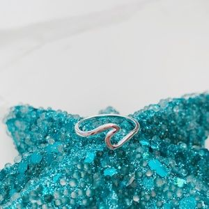 Jewelry - New wave ring size 6